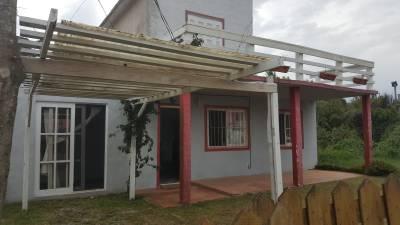 Casa 4 dormitorios en Balneario Buenos Aires - en una zona super tranquila, esta alquilada anualmente.