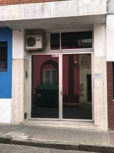 Local Multiusos, cercano a Juzgados, Bancos, Plaza