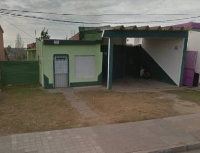 Local con Galpón en Alvariza casi la Vía, 72 m2 aproximados