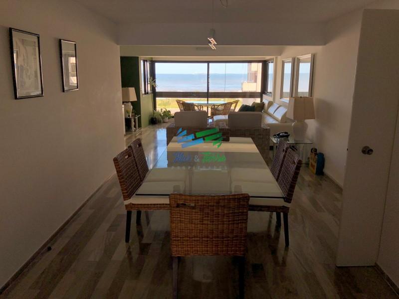 En venta.. gran oportunidad!!! piso intermedio con vista al mar.