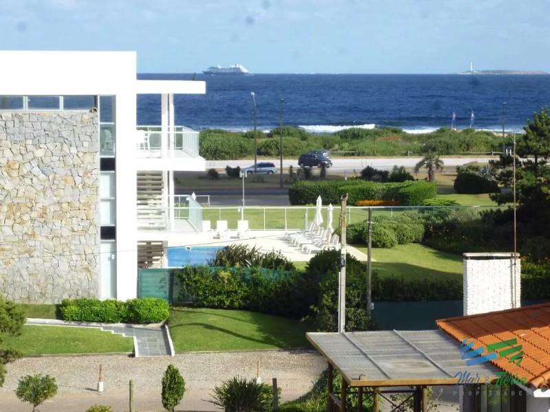 Apartamento en Punta del Este, Roosevelt   Mar y Tierra Ref:2434