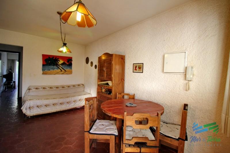 Oportunidad. Vendo apartamento 1 dormitorio con cochera en Roosevelt, Punta del Este.