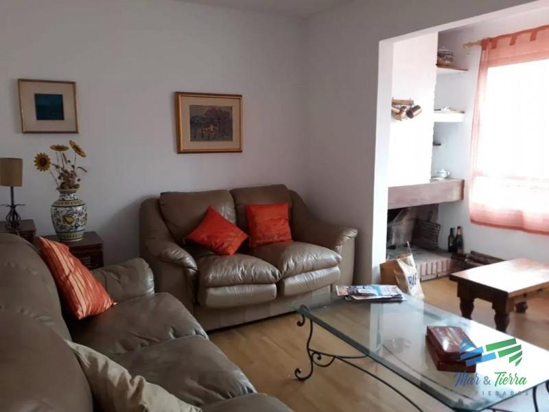 Vendo apartamento 1 dormitorio y medio próximo a El Emir, Península, Punta del Este.