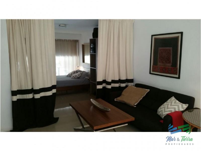 Apartamento nuevo en alquiler, a metros del Puerto.