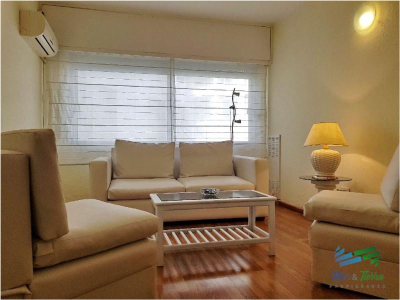 Alquilo apartamento de 1 dormitorio en Punta del Este, Peninsula.