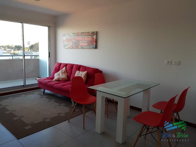 Se vende apartamento a estrenar de 1 dormitorio en Maldonado.