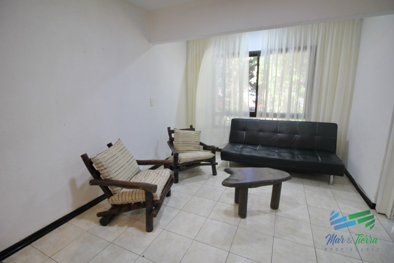 Apartamento en Alquiler Anual, Av. Roosevelt, Pda 5, Punta del Este
