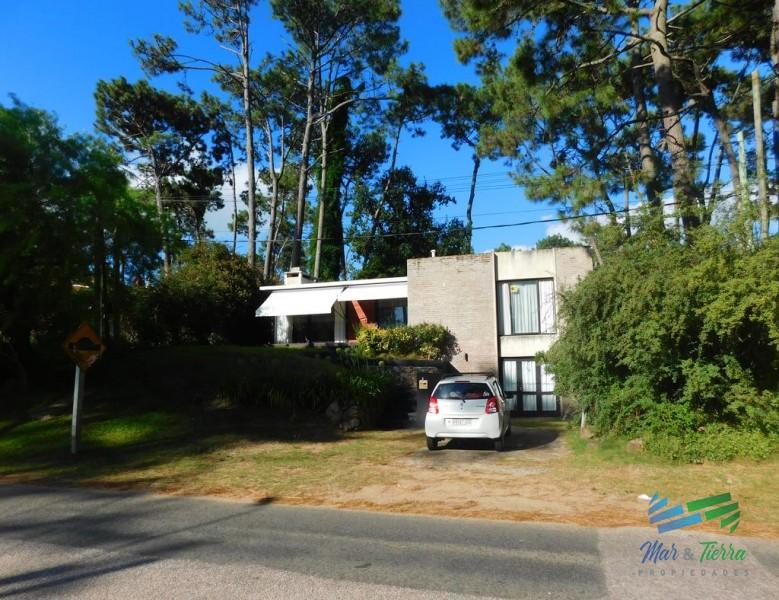 Casa en Punta del Este, Pinares | Mar y Tierra Ref:2476