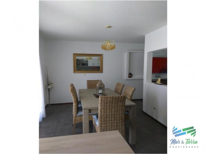 Casa nueva en venta, 3 dormitorios, muy buena ubicacion.