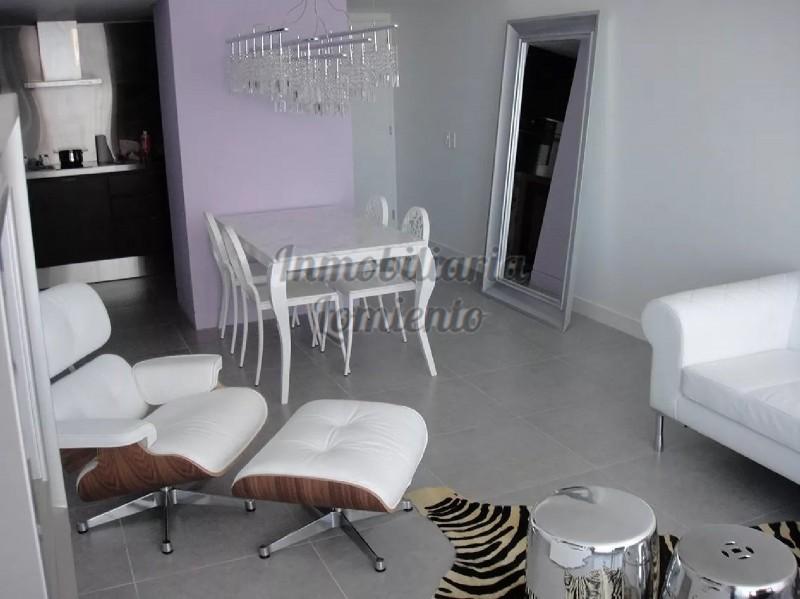 Apartamento Ref.531 - Venta Apartamento 1 Dormitorio y 1/2 en Torre Yoo