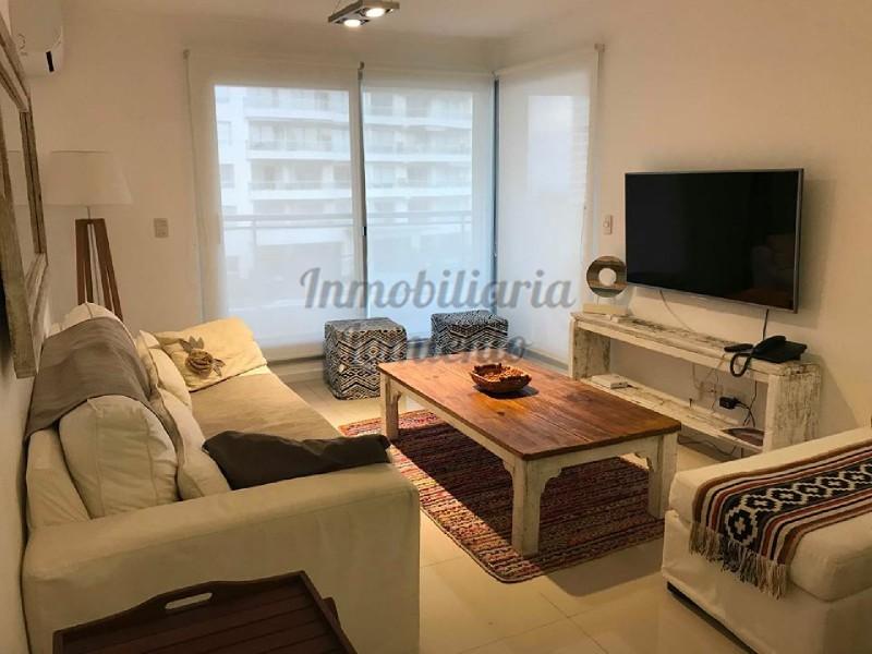 Apartamento Ref.526 - Venta Apartamento moderno 3 dormitorios Aidy Grill
