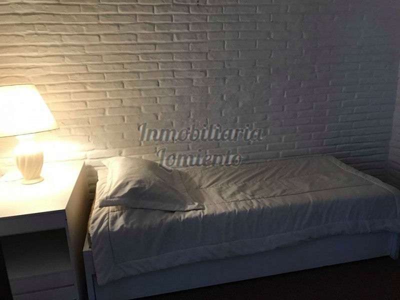 Casa Ref.603 - Venta de Casa de 4 dormitorios próximo al Shopping