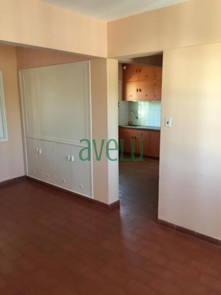 En venta departamento en zona B� Inve , 2 dorm. 1 ba�o. CONSULTE!! - Ref: 1311.2