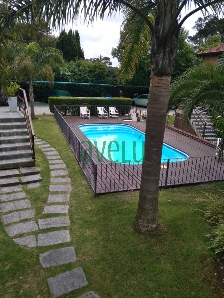 Hermoso Dpto. estilo casa  en Complejo Privado con seguridad en Jardines del Bosque. Alquiler anual . Consulte!! - Ref: 1253.2