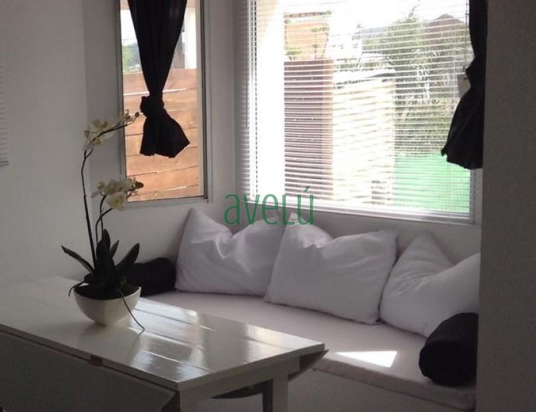 Se vende muy linda y moderna casa en zona Lausana. - Ref: 1008.1