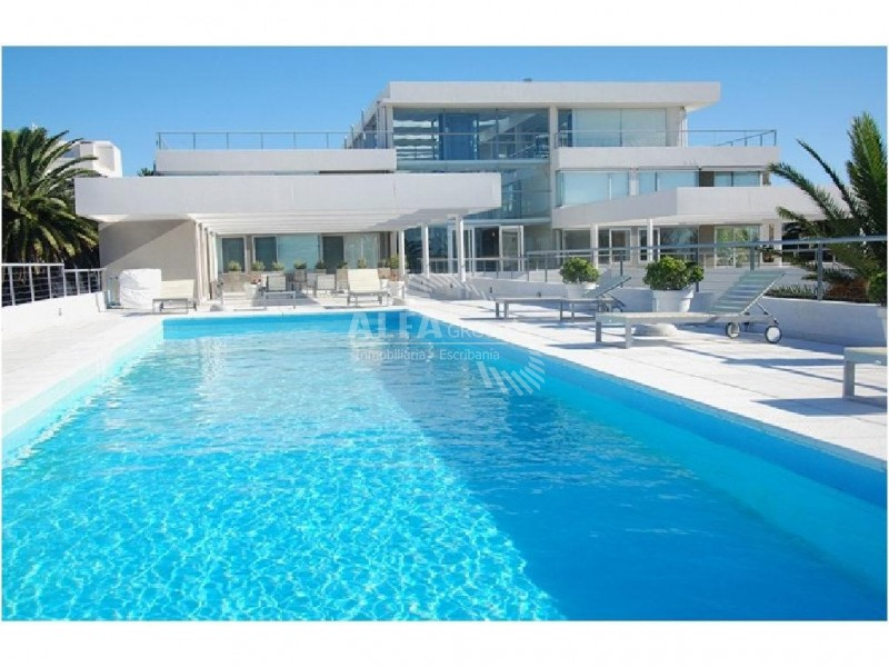 Apartamento ID.2068 - ZONA PUERTO, 1 AMBIENTE, AMOBLADO, BALCÒN Y GGE.