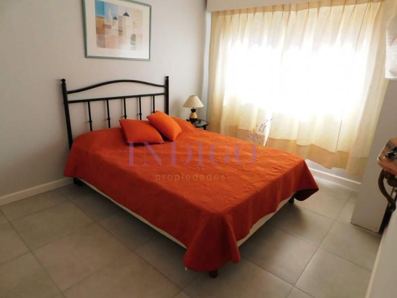 Apartamento Ref.345 - Departamento en alquiler en la Peninsula, 1 dormitorio.