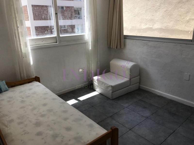 Apartamento Ref.458 - Oportunidad en  venta y alquiler en plena Península.