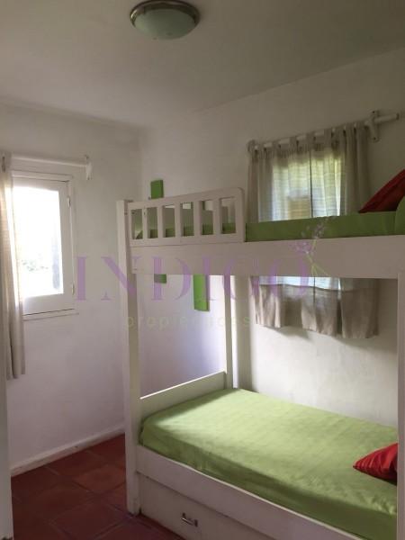 Casa Ref.474 - Oportunidad venta de casa en Plena Barra, 4 dormitorios,