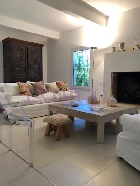 Casa Ref.416 -  Oportunidad muy linda casa en venta y  alquiler en la zona mas linda de Punta del Este!!!