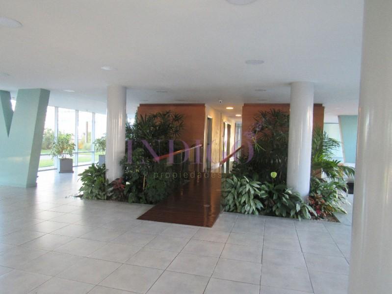 Apartamento Ref.28 - Departamento en alquiler en Avenida Francia.