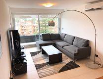 Apartamento de 3 dormitiruis con balcon en muy buena ubicacion lado Brava. Consulte !!!!!!!