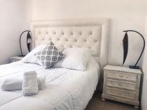 Peninsula, 1 dormitorio, 1 baño, living comedor, cocina, garage, piscina. Consulte!!!!!!!
