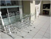 Apartamento en muy buena ubicacion, cerca del puerto de 2 dor, 2 baños, con amplia terraza con churrasquero. Consulte!!!!!!