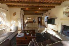 Hermosa casa con Piscina y Barbacoa.