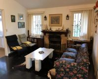 Muy agradable casa para vivir todo el año en zona cantegril! consulte