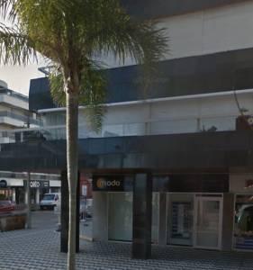 Local comercial de 118 m2 en Gorlero a metros de la rambla del puerto. Consulte!!!!!!!