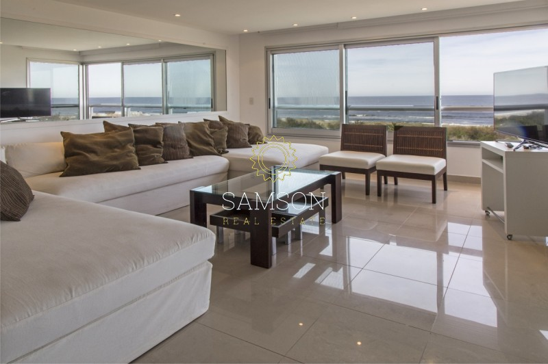 Apartamento ID.36 - Penthouse en venta en playa brava en Punta del Este