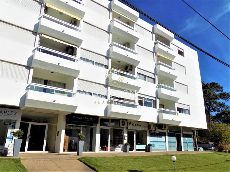 Apartamento ID.32 -  APARTAMENTO DOS DORMITORIOS EN PUNTA DEL ESTE CON BAJOS GASTOS COMUNES