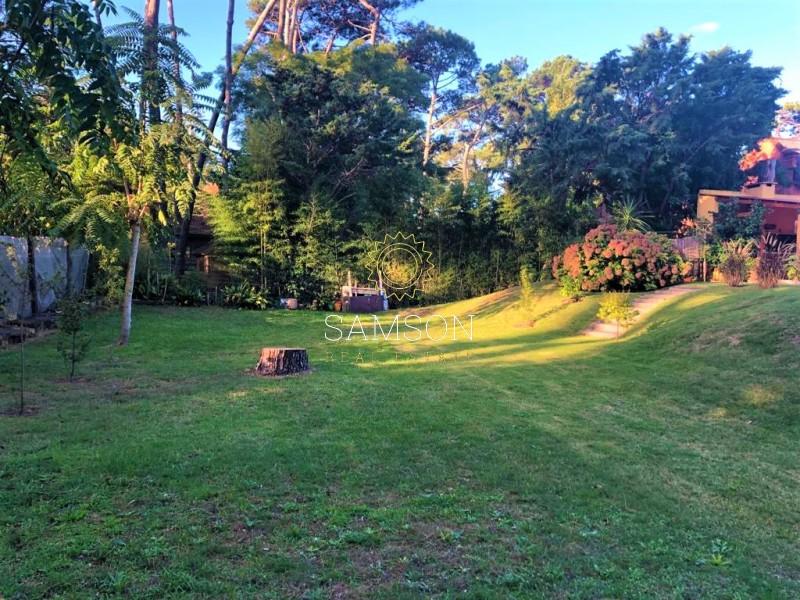 Casa ID.13 - San Rafael se vende casa de 3 dormitorios con jardín.
