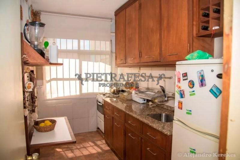 Apartamento ID.707 - Mercedes Esq. Vázquez