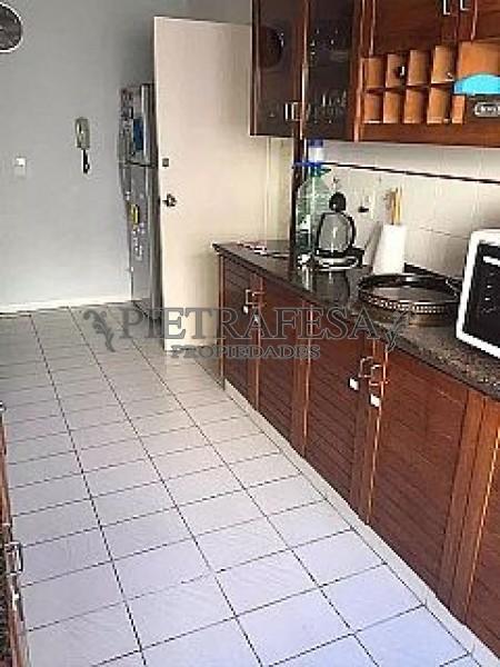 Apartamento ID.255 - BENITO BLANCO ESQ. BUXAREO