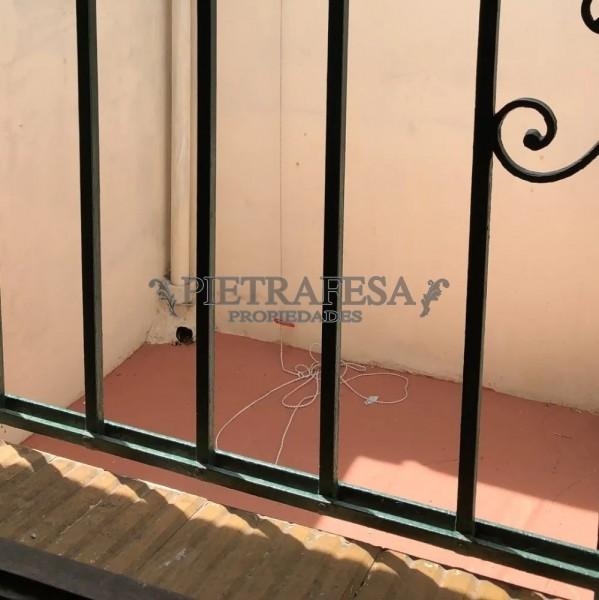 Casa ID.925 - PADRÓN ÚNICO ALQUILER 1 DORMITORIOS SAYAGO CON COCHERA