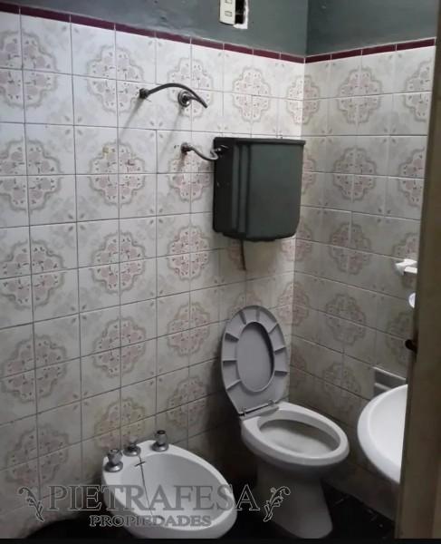 Casa ID.895 - PH TOTALMENTE INDEPENDIENTE VENTA 2 DORMITORIOS CERRITO CON PATIO