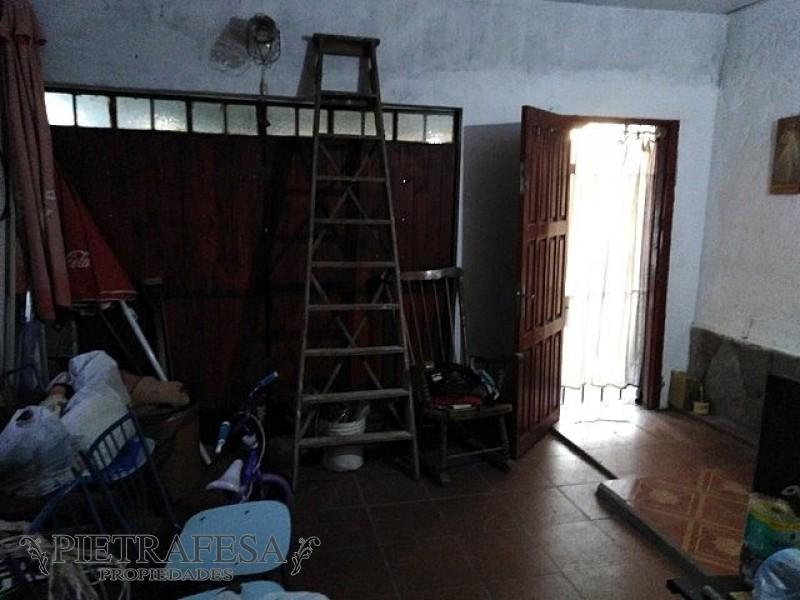 Casa ID.192 - DIAGONAL CUBA ESQ. DEMOCRACIA