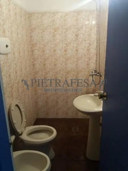 Local Comercial ID.649 - CERRITO ESQ. ISLA DE LOBOS