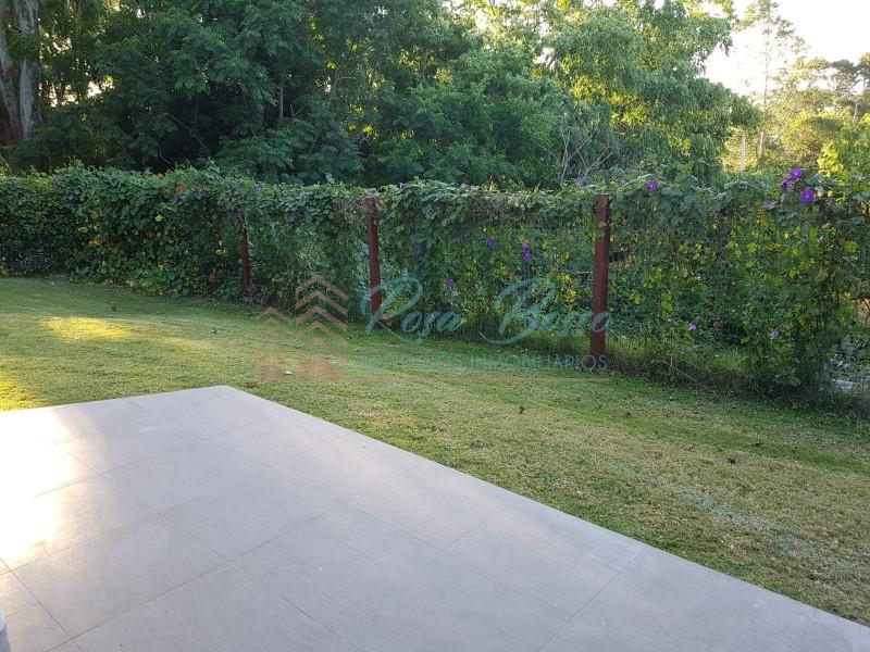 Casa ID.3737 - Muy linda casa  ubicada en Playa Mansa