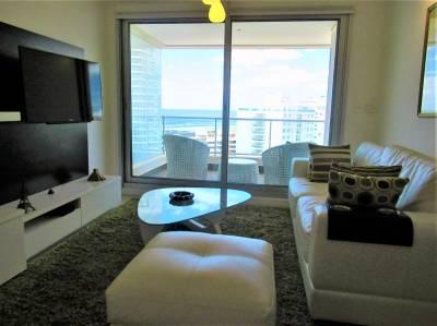 2 dormitorios en Wind Tower, en Parada 7 de Playa Brava.