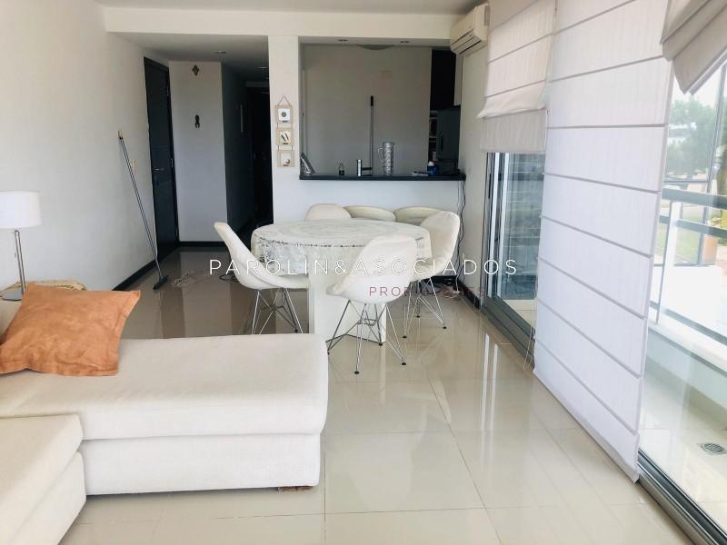 Apartamento ID.918 - DEPARTAMENTO EN VENTA EN PRIMERA LINEA DE 2 DORMITORIOS