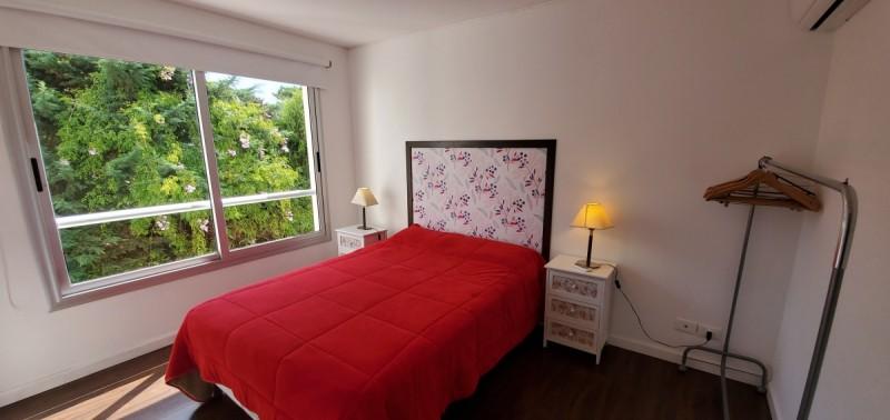 Apartamento Ref.63 - Departamento en venta en Rincon del Indio, parada 23 de playa brava.