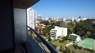 Buena ubicacion, piso alto, terraza, Edificio con servicios