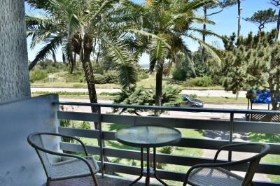Playa Mansa frente al mar ,  comoda terraza