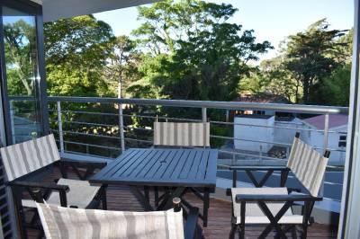 Moderno, terraza, garage, cerca de Playa Brava, con buenos servicios