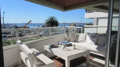 Puerto, lindo apto. con buena vista y amplia terraza