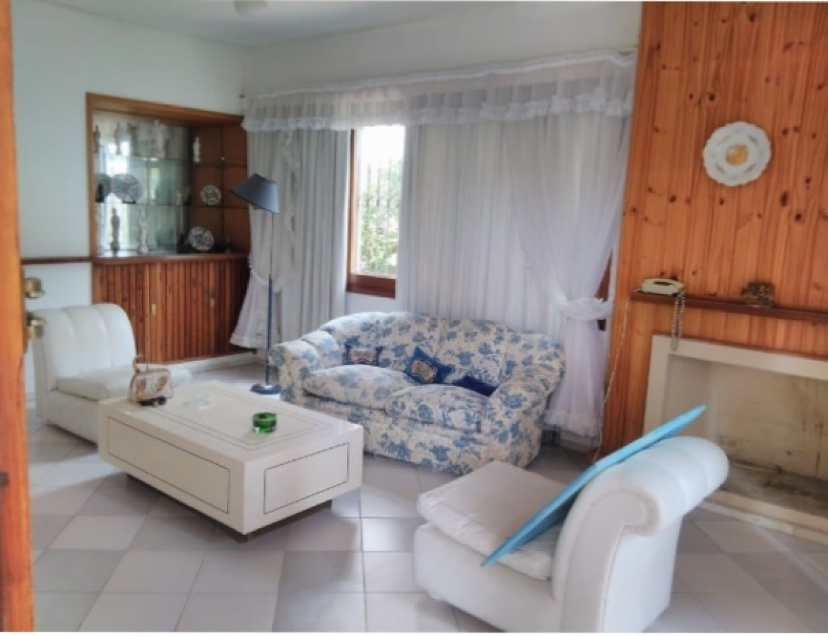 Casa ID.227 - Casa en Punta del Este, Mansa | Medland Ref:227