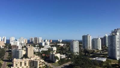 Apartamento Punta del Este La Brava todos los amenities